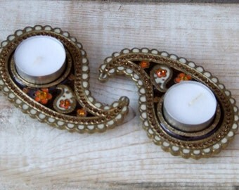 Zinc candle holders set of two-Paisley shape home candle holders-Stylish sparkly Gold,Brown,Orang&Off White colors tabletop candle holders