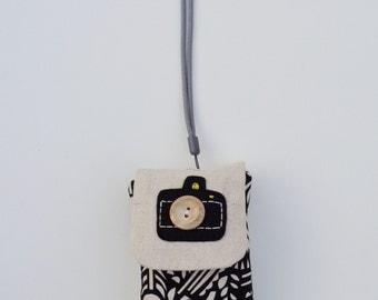 Digital Camera Case / Vinatge Camera Print Camera Cover / Monochrome Print Camera Sleeve / Black & White Camera Case