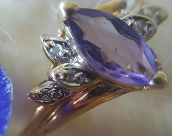 10K Yellow Gold Ring with Amethyst Marquis Center and Diamond Accents (st - 1623)
