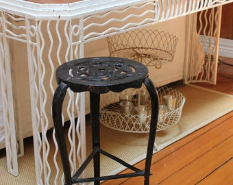 Antique CAST IRON Sewing Machine Stool Stand Little Wonder