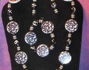 BLACK & WHITE PASLEY Beads Jewelry Set