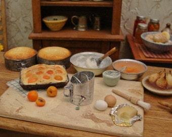 Dollhouse Miniature Angel Food Cake Pan