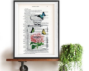 Chanel bottle flower butterfly print, vintage paper, vintage flower poster illustration, flacon chanel fleurs Weinlese Blumen Schmetterling