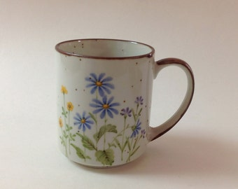 Japanese Stoneware Speckled Mug, Wildflowers, Daisies, Small Flowered Vintage Stoneware Mug, Transfer Ware