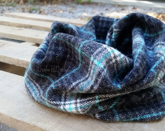 HEAVY Blue, White, and Black Plaid Baby scarf, Toddler Scarf, Infinity Scarf, Children's Plaid Infinity Scarf, Infant/Toddler Scarf, Loop