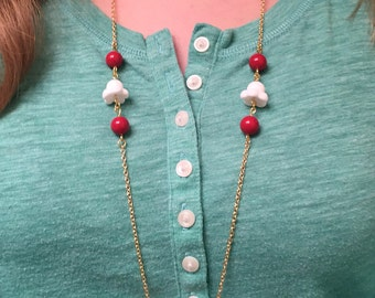 Festive Holiday Popcorn and Cranberries Necklace