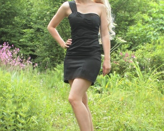 Strapless dress asymmetric evening black, cotton and spandex, size 36 / 38, very fitted, mid-thigh, chic and glamorous style