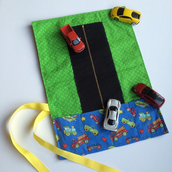 Toy Car Holder Truck : Toy car wallet with cars included caddy holder