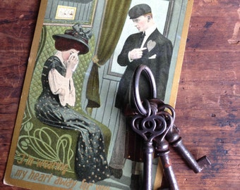 vintage skeleton key / skeleton keys / vintage keys