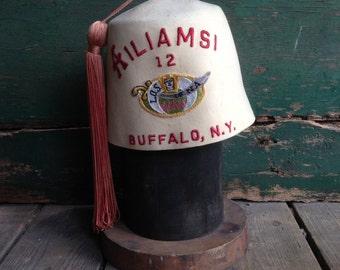 Vintage Fez hat / Shriner Hat / Masonic Hat / vintage hat / vintage free mason
