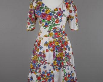 1970s vibrant floral vintage dress