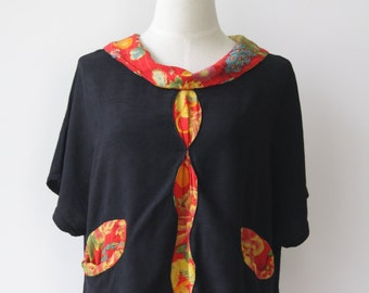 Black cotton Asian shirt. 90s Black Chinese top. Red Black Oriental blouse. Black slouchy ethnic top. Boxy Chinoiserie top. Size M-L