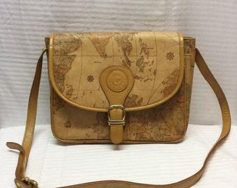 Atlas Shoulder Bag, Purse