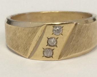 VINTAGE 14K Yellow Gold Diamond Band Ring SIZE 4.75
