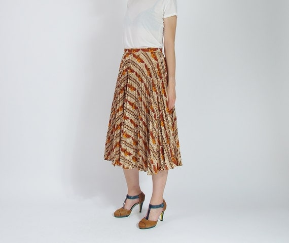 SALE! 70s Cleopatra permanent press street style high waisted midi skirt / size L