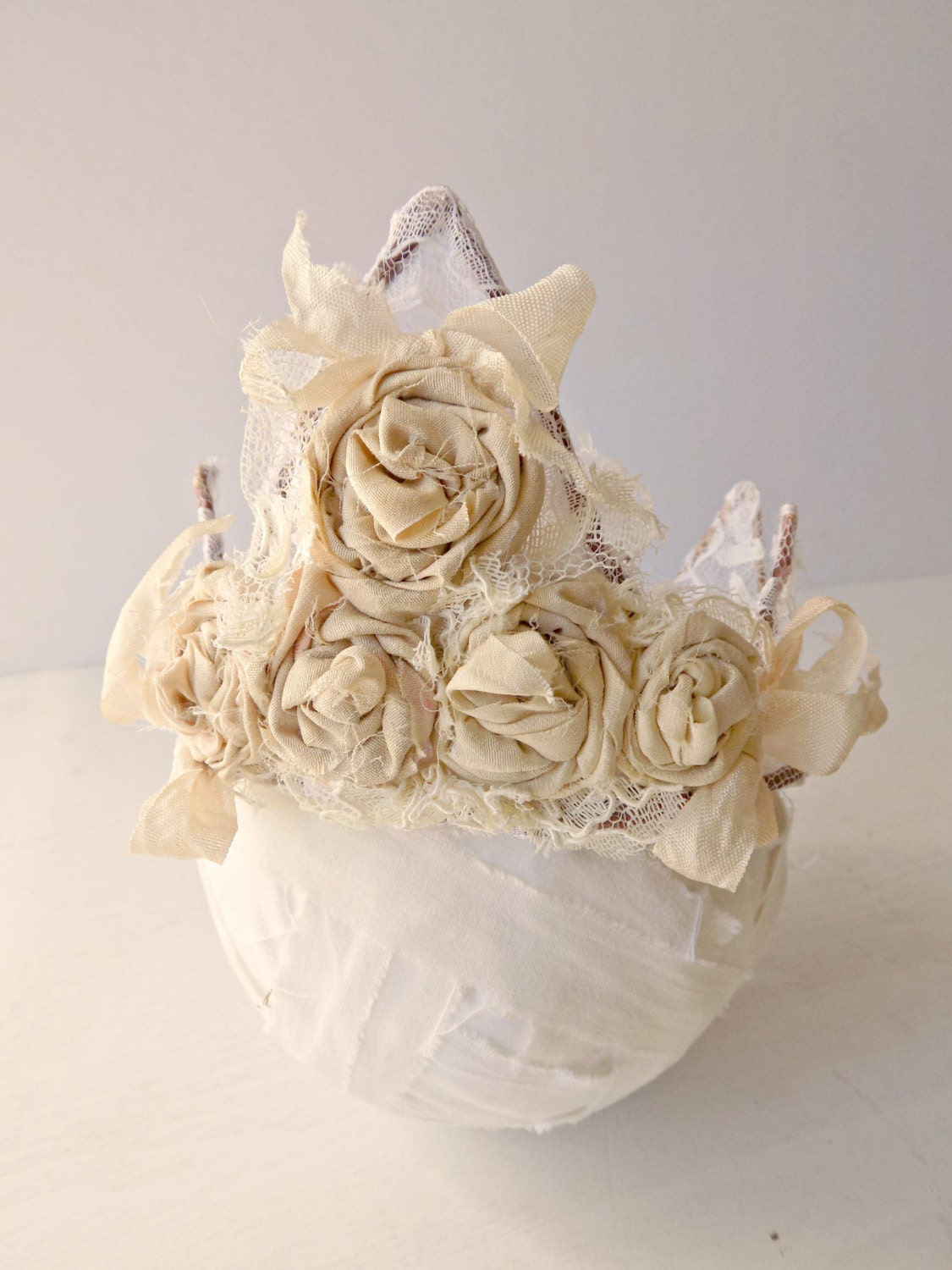 French chic lace crown cottage chic home decor shabby chic for Lace home decor