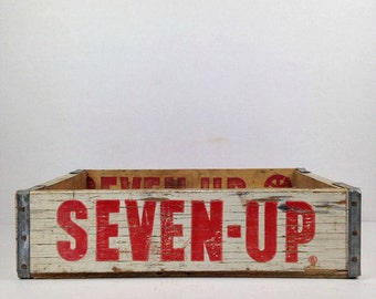 Vintage Seven Up Crate Wood Soda Crate White 7 UP Wooden Crate Old Pop Crate 1970s White Seven Up Wood Crate