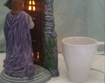 Hand-painted. Ceramic. Jesus Knocking at the Door