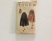 UNCUT Vogue 8210 · Waist 28 · 1950s Womens Skirt Pattern