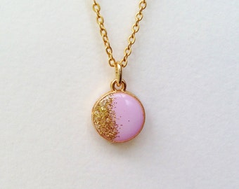 Round Pendant Necklace, Glitter Necklace, Gold Glitter Pendant Necklace, Purple Round Necklace, Resin Jewelry, Purple and Gold Necklace