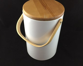 Vintage Modern George Briard Ice Bucket, White Vinyl, Wood Handle and Lid