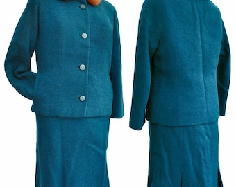 "Vintage early 60s Teal Blue Boucle 2 Piece Suit with Fur Collar - 28"" Waist"