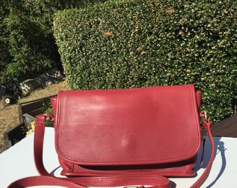 Vintage Coach Red Shoulder Bag J4N- 4082