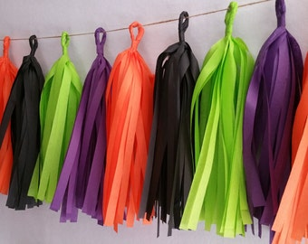 20 Tassel Halloween Tissue Paper Garland, Fall Party Decorations, Orange and Black, Streamers, Fringe, Halloween Decorations, Witch, Autumn