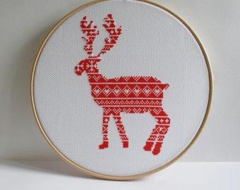 Reindeer Christmas Cross stitch pattern / Scandi cross stitch / Nordic cross stitch / cross stitch chart / cross stitch PDF pattern