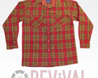 Vintage Plaid Flannel Shirt ~ Size S-M