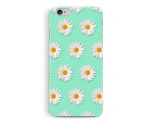 Daisy iphone 5c case, daisy iPhone 5c cover, Womens accessories, floral iphone 5c case, shabby chic iphone case, cute daisies, girly gift