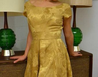 1950s 60s GOLD Brocade Rose Pattern Dress! Free U.S. Shipping!