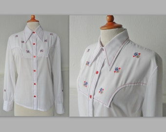 SOLD - Do Not Buy // 70s Vintage Lady Shirt // Embroidered // Size 42