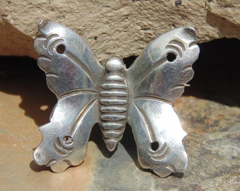 Hector Aguilar ~ Vintage Taxco 940 Silver Moth / Butterfly Pin c. Early 1940's