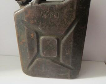 Vintage military gasoline can  1944 - WWII- Jerrycan- original World war II