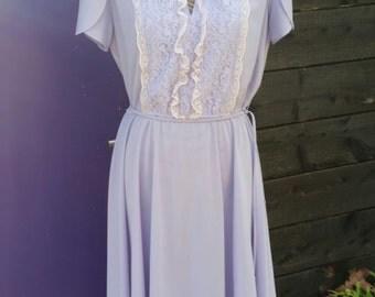 Jane Baar (M) Lavander Purple Beige Lace Midi Dress Vintage