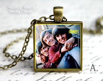 Musicians, Monkees Album Necklace, The Monkees, 70's music Icons, Famous bands, Davie Jones, Micky Dolenz, Michael Nesmith,Peter Tork