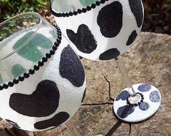 Glitter Wine Glass, Cow Print Glitter Glass, Birthday Gift, Wine Glass, Glitter Glass, Rimless Glass