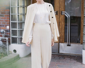 La Victoire - 1970s Cream Wool Holt Renfrew Bridal Suit