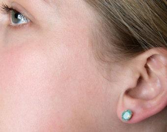 Small oval stud earrings - green opal earrings - Swarovski crystal earrings - green crystal earrings - silver stud earrings - gift for her