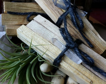 Palo Santo Incense Bundles with Quartz crystal, Smudge Wand, Witchcraft, Wicca, Palo Santo, Holy Wood, Incense, Natural Incense,Wood Incense