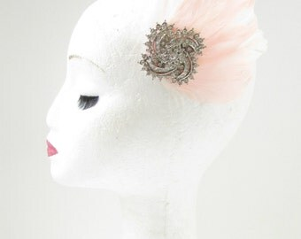 Blush Light Pink Silver Rhinestone Feather Fascinator Hair Clip Bridal Vtg 7AV