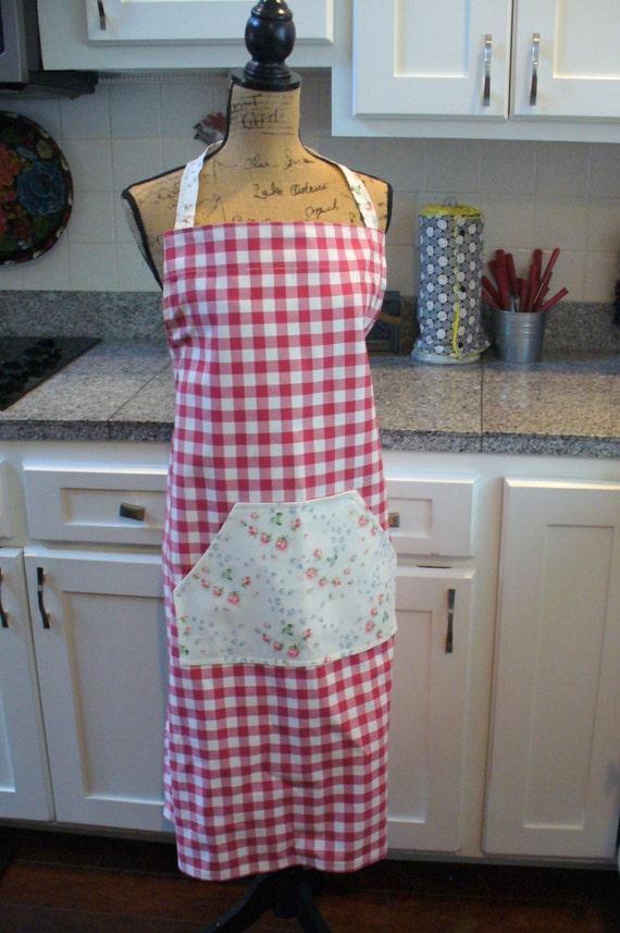 Red and White Check Apron, Country Charm Apron, Full Apron, Adjustable Apron, Work Apron, Apron with Pockets, Checked Apron, MarjorieMae