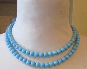 Vintage turquoise moulded ceramic (?) round bead double strand string necklace