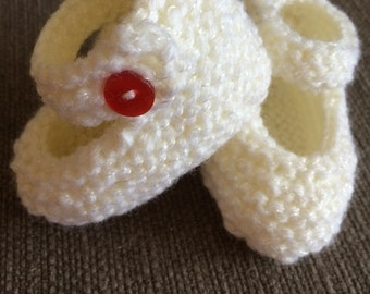 Hand Knit Baby Mary Janes, Knitted Shoes White Baby Shoes, 6-12 mths, Crib Shoes, Booties,Hand Knit, Request a different colour, Baby Shoes