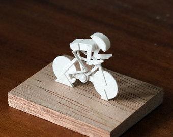 Cyclist - Paper Model