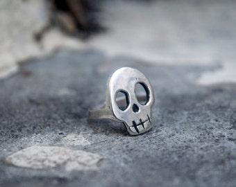 Crazy Skull Ring in Silver