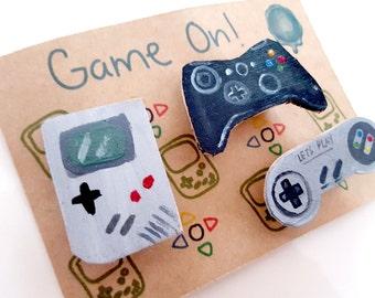 Gamer badges, super nintendo, gameboy badge, xbox brooch, playstation badge, play station controller, xbox 360 controller, Super Famicom