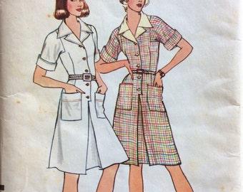 1970s shirtwaist dress Vogue 8598 Uncut vintage sewing pattern Petite Bust 31.5 Waist 24 Hip 33.5 Retro 70s preppy day dress