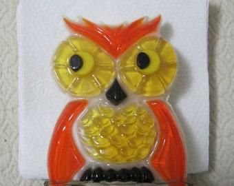 Vintage Acrylic OWL Napkin Holder